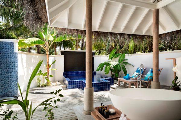 anantara-dhigu-anantara-dhigu-sunset-pool-villa-angle-2-Maledivenexperte