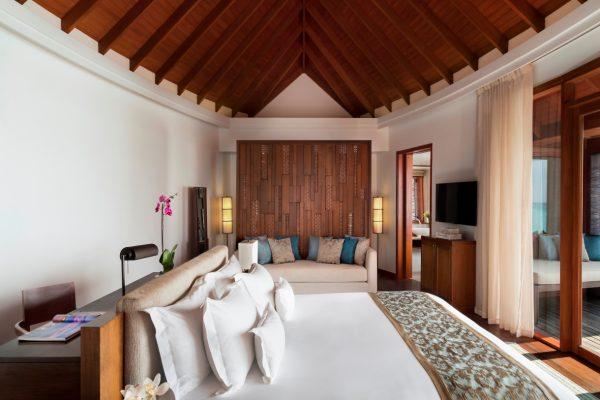 anantara-dhigu-over-water-villa-98-bedroom-Maledivenexperte