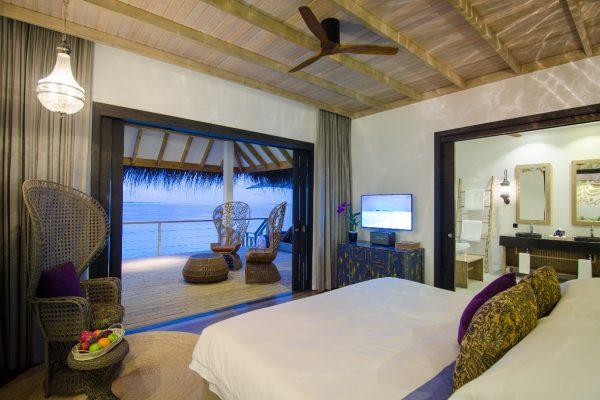 insel-seite-finolhu-lagoon-villa-01-Maledivenexperte