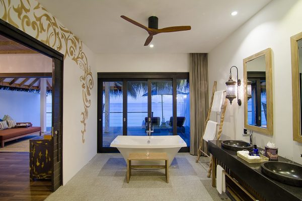insel-seite-finolhu-lagoon-villa-Maledivenexperte