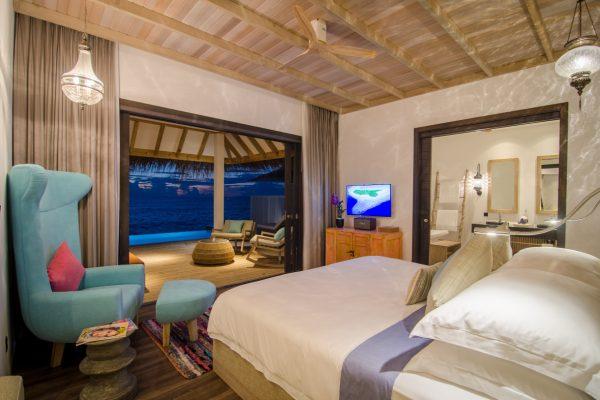 insel-seite-finolhu-ocean-villa-with-pool-04-Maledivenexperte