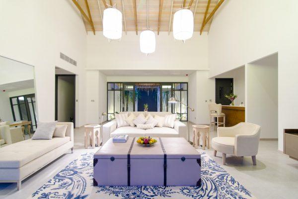 insel-seite-finolhu-twin-beach-main-room-02-Maledivenexperte