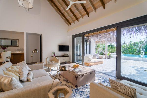 insel-seite-finolhu-two-bed-beach-pool-villa-03-Maledivenexperte
