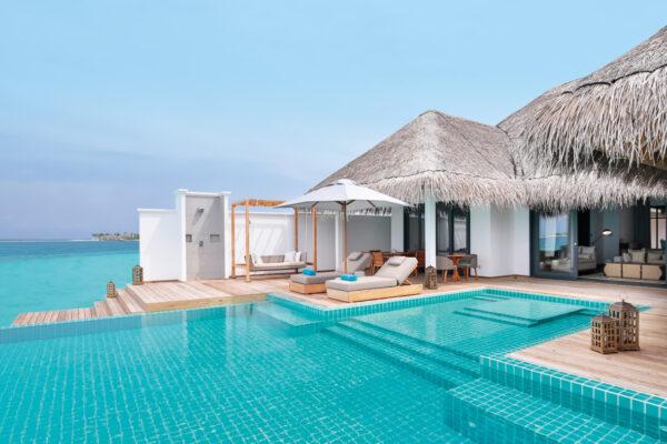 insel-seite-seaside-finolhu-zimmerkategorien-two-bedroom-water-villa-with-pool-maledivenexperte-02