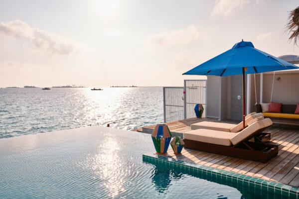 insel-seite-seaside-finolhu-zimmerkategorien-two-bedroom-water-villa-with-pool-maledivenexperte-06