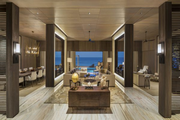 insel-seite-st.-regis-maldives-john-jacob-astor-estate-living-room-Maledivenexperte