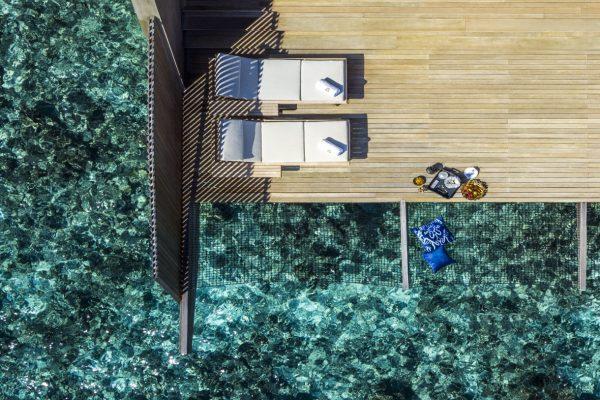 insel-seite-st.-regis-maldives-overwater-villa-with-pool-mood-Maledivenexperte