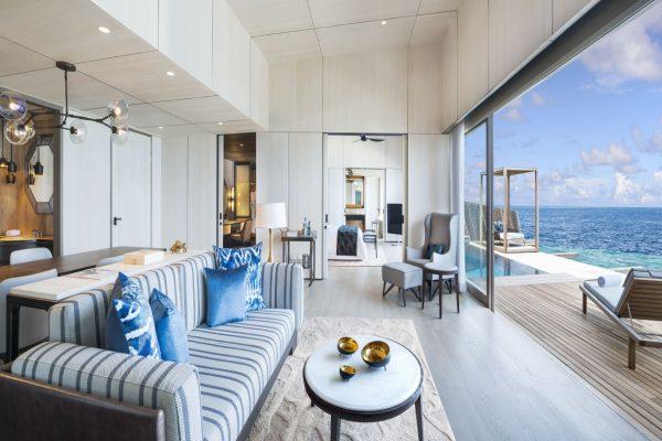 insel-seite-st.-regis-maldives-st-regis-suite-livingroom-Maledivenexperte