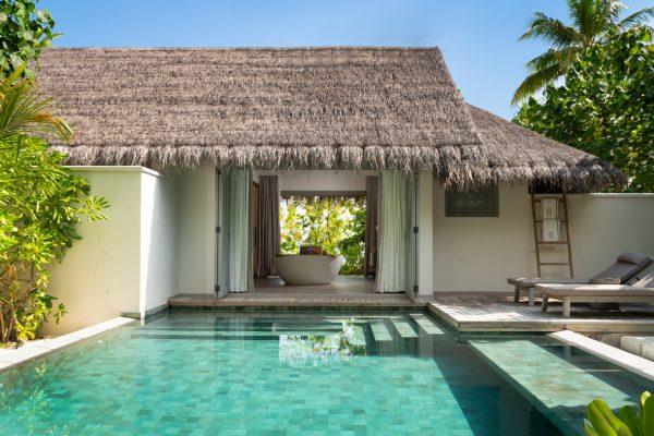 insel-seite-vakkaru-maldives-zimmerkategorien-beach-pool-retreat-maledivenexperte-04