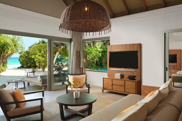 insel-seite-vakkaru-maldives-zimmerkategorien-deluxe-beach-pool-retreat-maledivenexperte-02