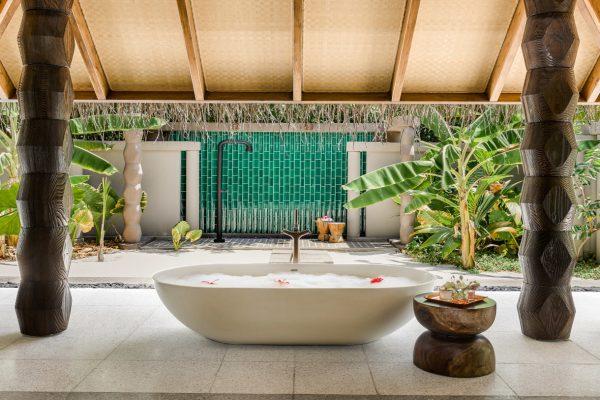 Beach Villa with Pool Bath