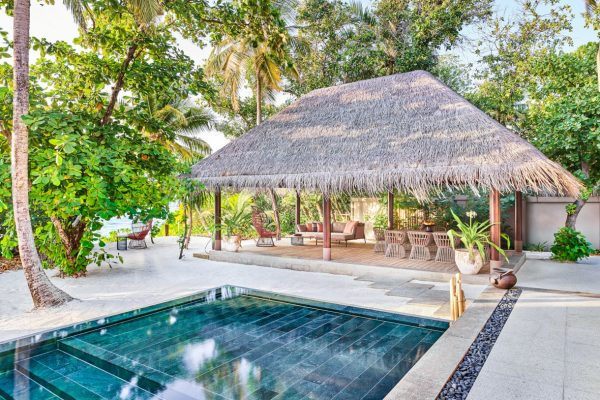 Four Bedroom Beach Residence Garden Sit Out