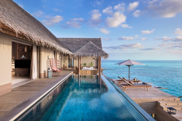 Three Bedroom Ocean Residence with 2 Pools Outdoor