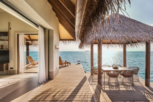 Three Bedroom Ocean Residence with 2 Pools Outdoor Dining