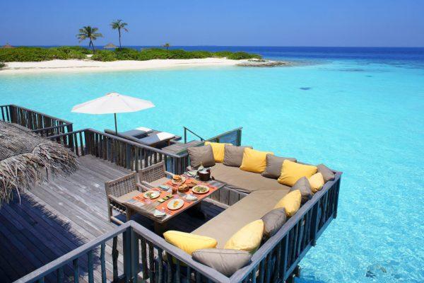 insel-seite-NEU-gili-lankanfushi-zimmer-family-villa-maledivenexperte-02