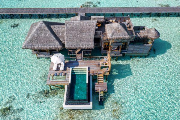 insel-seite-NEU-gili-lankanfushi-zimmer-villa-suite-mit-pool-maledivenexperte-01