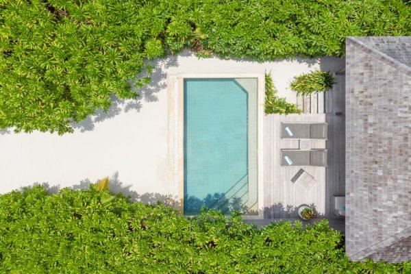 insel-seite-NEU-hurawalhi-zimmer-beach-pool-villa-maledivenexperte-01