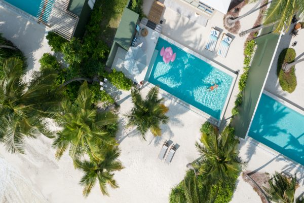 insel-seite-amilla-fushi-4-bedroom-residence-exterior-01-Maledivenexperte