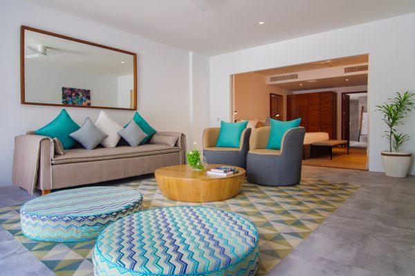insel-seite-amilla-fushi-beach-house-interior-02-Maledivenexperte