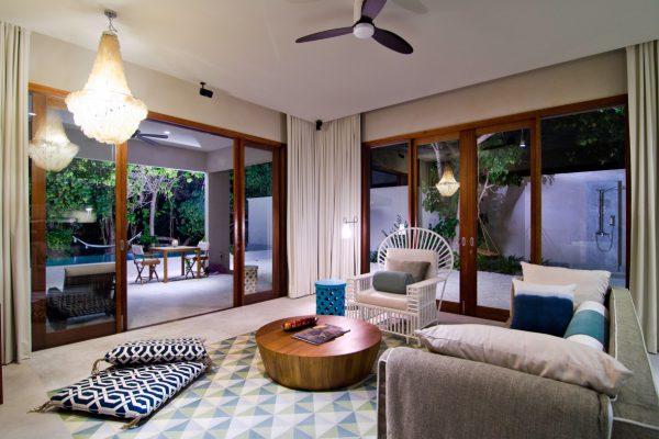 insel-seite-amilla-fushi-beach-house-interiors-02-maledivenexperte