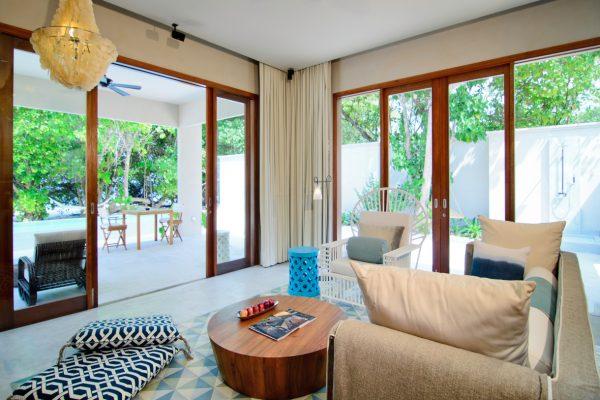 insel-seite-amilla-fushi-beach-house-interiors-04-Maledivenexperte