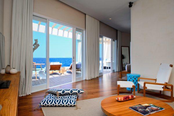 insel-seite-amilla-fushi-ocean-reef-house-interior-Maledivenexperte