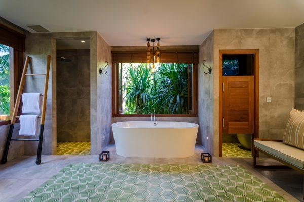 insel-seite-amilla-fushi-skyhouse-bathroom-2-Maledivenexperte