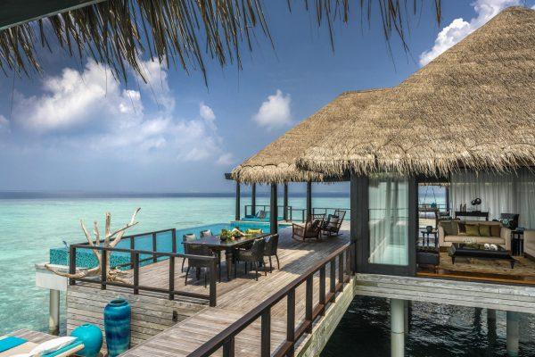 insel-seite-anantara-kihavah-2-bedroom-over-water-residence-exterior-Maledivenexperte
