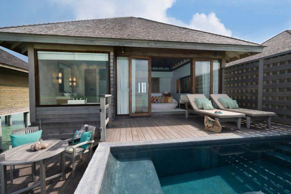 insel-seite-anantara-veli-deluxe-over-water-bungalow-exterior-02-Maledivenexperte