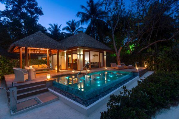 insel-seite-baros-maldives-baros-suite-exterior-Maledivenexperte