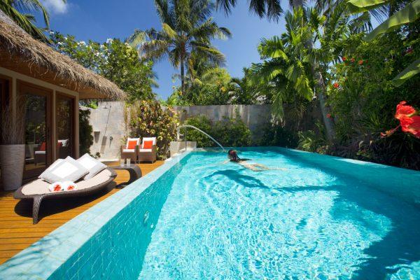 insel-seite-baros-maldives-residence-pool-Maledivenexperte