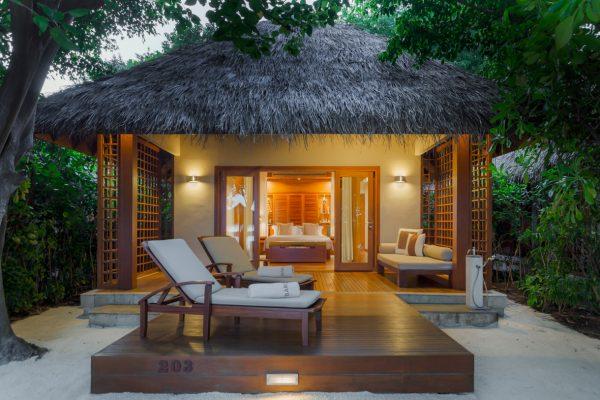 insel-seite-baros-maldives-villa-Maledivenexperte