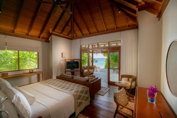 insel-seite-baros-maldives-zimmer-deluxe-villa-02