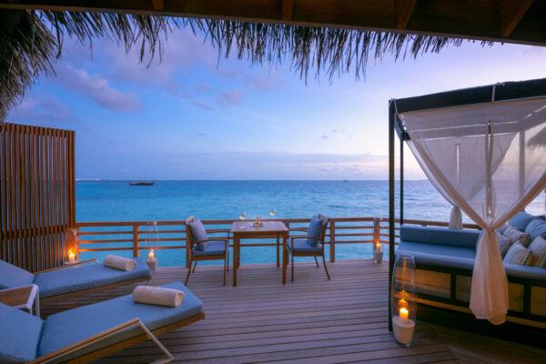 insel-seite-baros-maldives-zimmer-water-villa-06