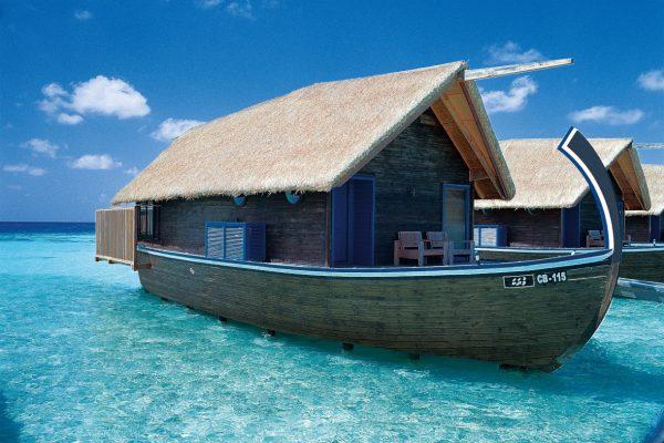 insel-seite-como-cocoa-island-dhoni-suite-exterior-Maledivenexperte