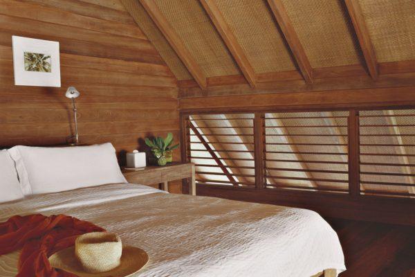 insel-seite-como-cocoa-island-loft-villa-bedroom-Maledivenexperte