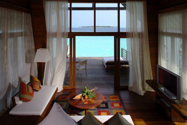 insel-seite-como-cocoa-island-loft-villa-lounge-area-Maledivenexperte