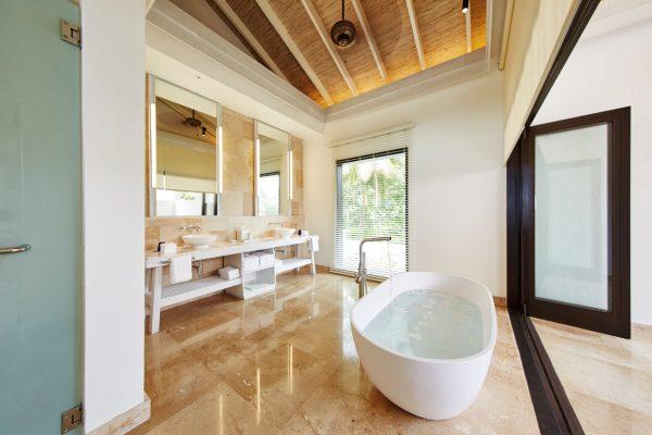 insel-seite-como-maalifushi-como-residence-Bath-Maledivenexperte