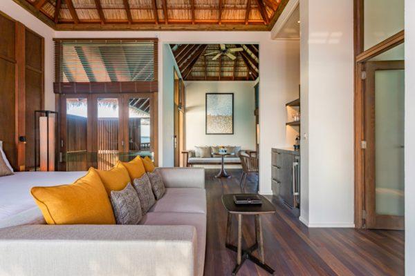insel-seite-conrad-maldives-rangali-island-2BR-grand-beach-villa-jacuzzi-01-Maledivenexperte