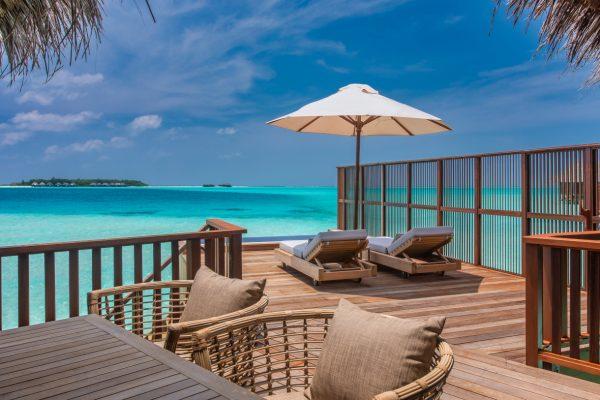 insel-seite-conrad-maldives-rangali-island-2BR-grand-beach-villa-pool-09-Maledivenexperte