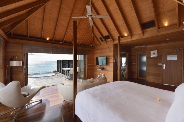 insel-seite-conrad-maldives-rangali-island-deluxe-water-villa-Maledivenexperte