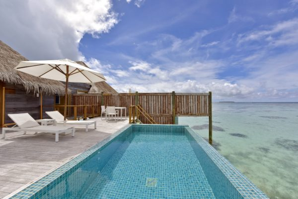 insel-seite-conrad-maldives-rangali-island-premier-water-villa-pool-Maledivenexperte