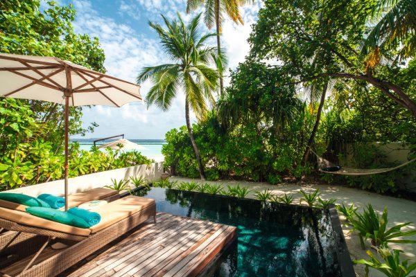 insel-seite-constance-halaveli-maldives-beach-villa-01-Maledivenexperte