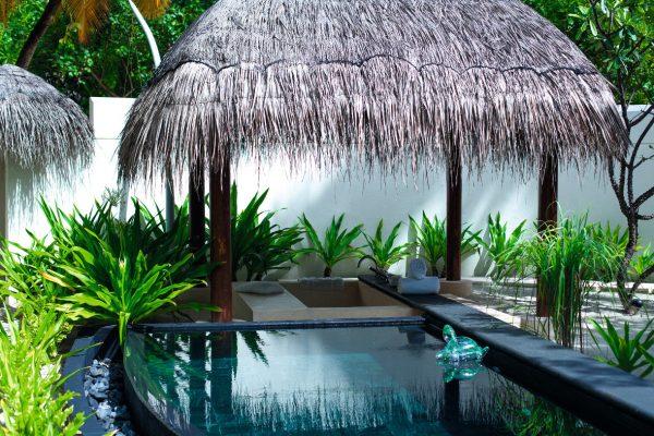 insel-seite-constance-halaveli-maldives-beach-villa-03-Maledivenexperte