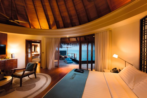 insel-seite-constance-halaveli-maldives-water-villa-05-Maledivenexperte