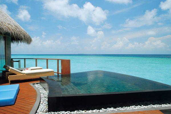 insel-seite-constance-halaveli-maldives-water-villa-10-Maledivenexperte