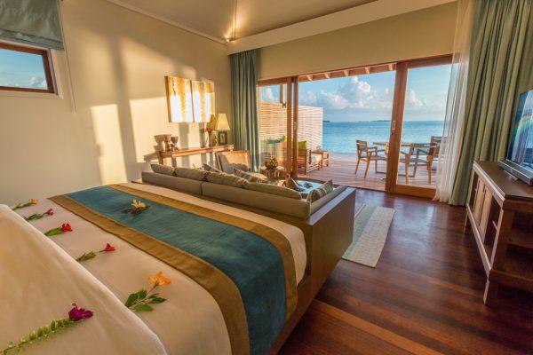 insel-seite-hurawalhi-ocean-villa-interior-Maledivenexperte