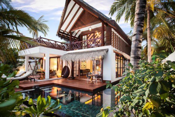 insel-seite-jumeirah-vittaveli-beach-suite-exterior-01-Maledivenexperte