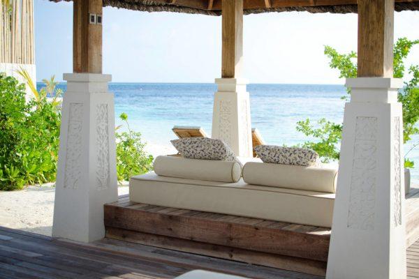 insel-seite-jumeirah-vittaveli-beach-suite-private-sala-Maledivenexperte
