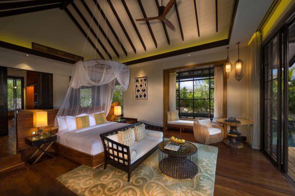 insel-seite-jumeirah-vittaveli-beach-villa-bedroom-Maledivenexperte